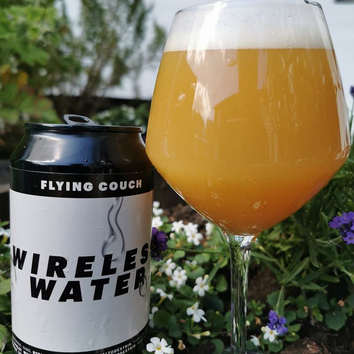 Wireless_Water_DIPA_Flying_Couch