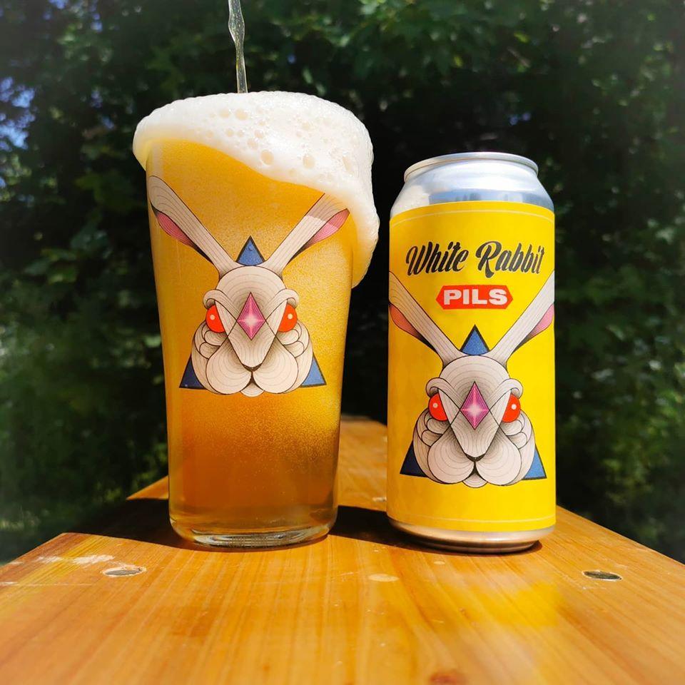 White_Rabbit_Pilsner_Dry_&_Bitter_Brewing
